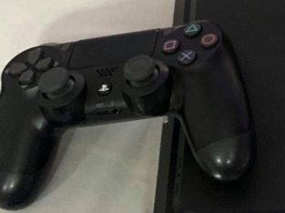 ps4 slim 1 tera with original 2 dual shocks