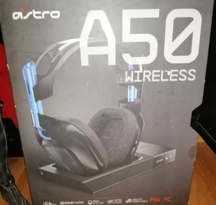 gaming headset astro a50 used 2 week 3l tejreb jdide ba3da ma3 box w kel ghrada
