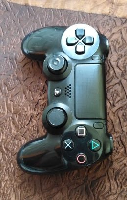 Controller ps4 used